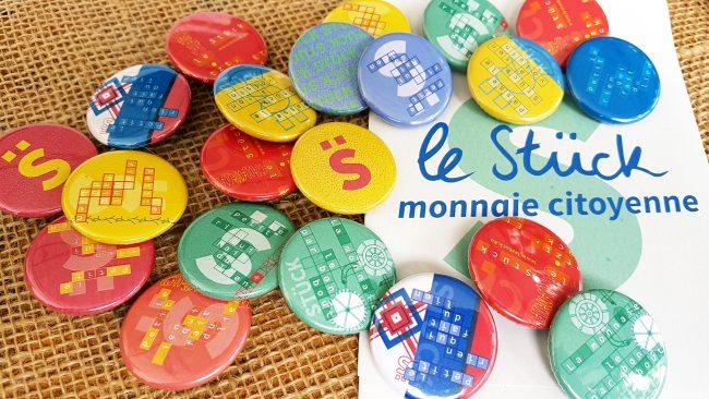 Le Stück est la monnaie locale citoyenne lancée en octobre 2015 sur Strasbourg et sa région (50km autour de l'Eurométropole).
