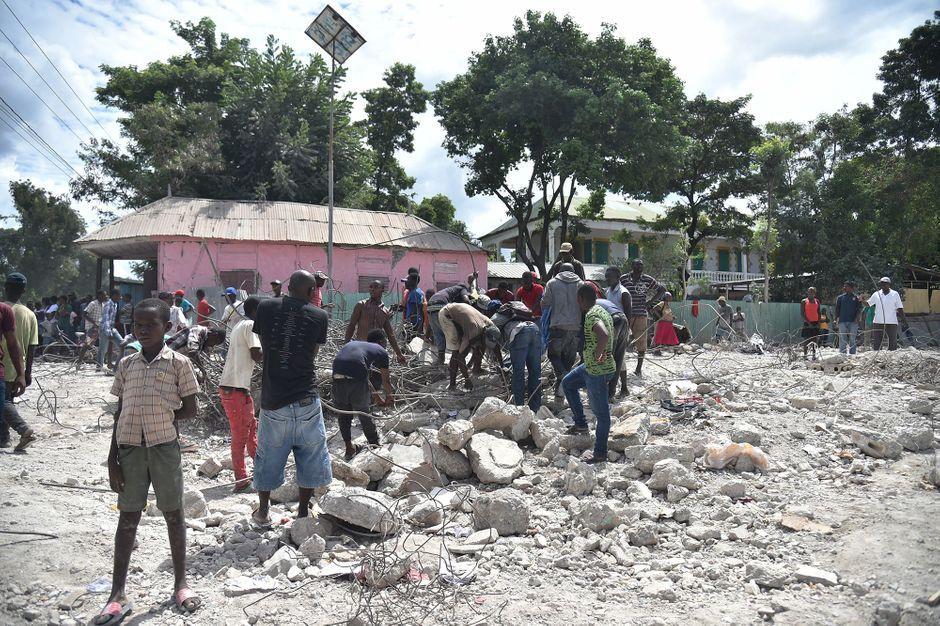 Haïti sous les décombres