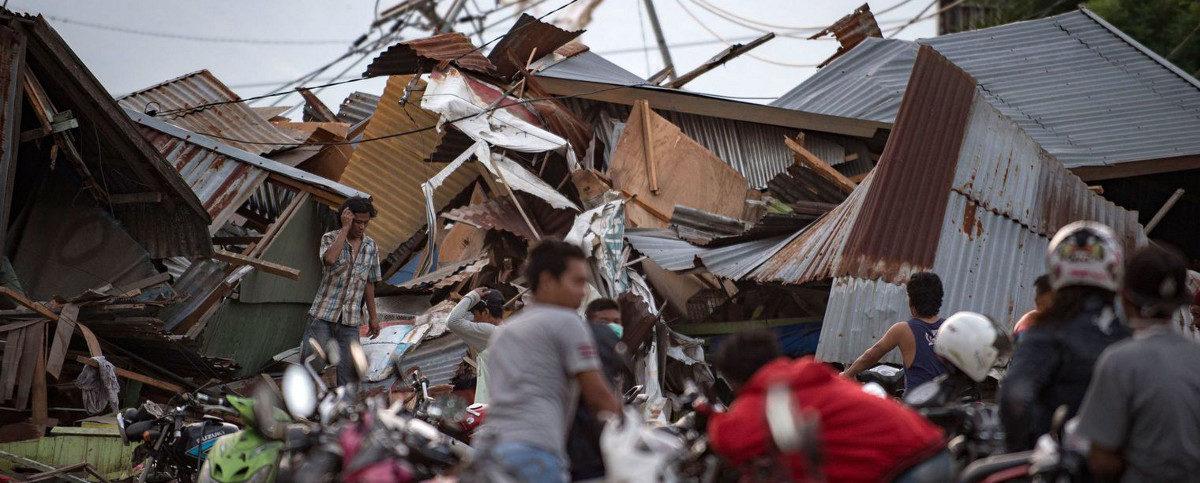 Indonésie sous les décombres